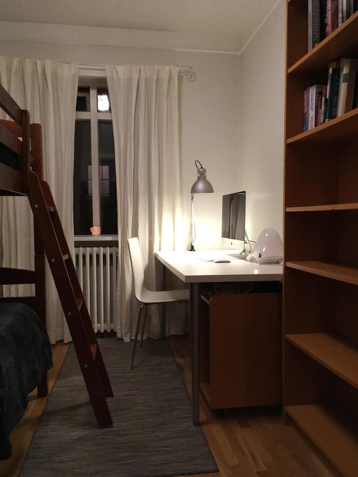 Cozy room in central Reykjavík