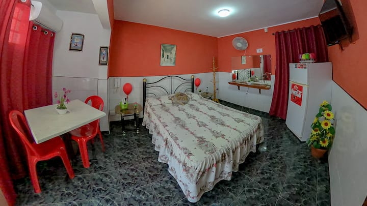 "Hostal Raul y Olga Hab.""Red"""