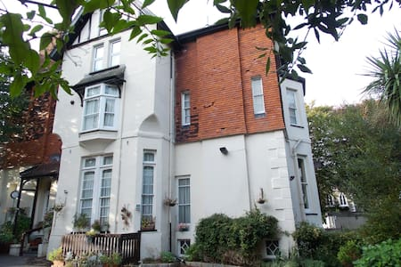 The Darnley Hotel Suite - Ilfracombe - Bed & Breakfast