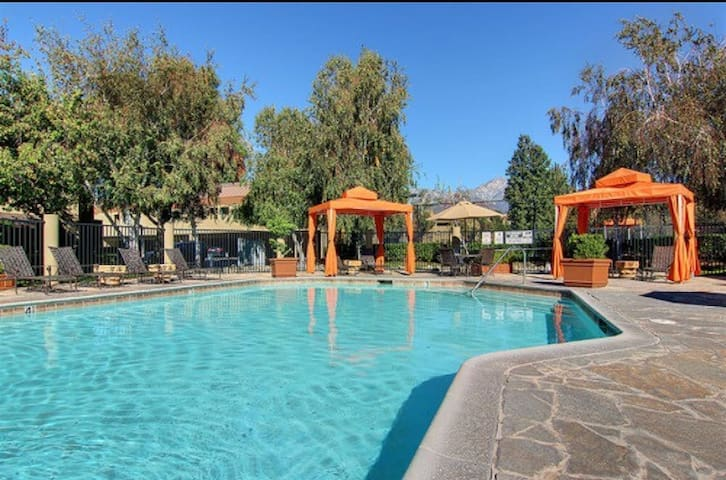 Home away from home - Rancho Cucamonga - Appartement