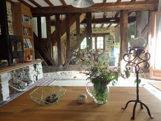 L'Ecurie, Le Mesnil Imbert, Le Renouard