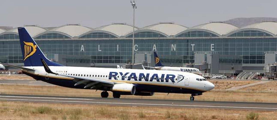 Aeropuerto Alicante    ALC