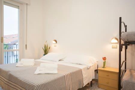 Camera Matrimoniale/Doppia + castello (306) - Rimini