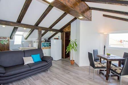 Apartment Lovre - Appartement