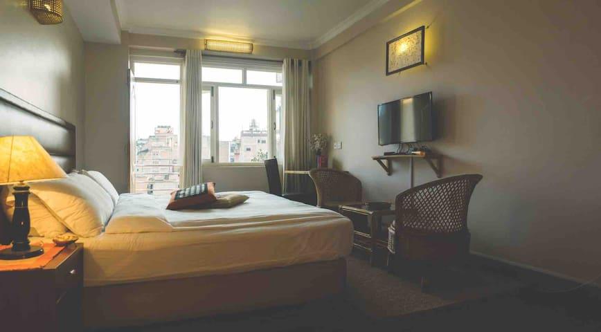 Quiet Spacious Room in Patan