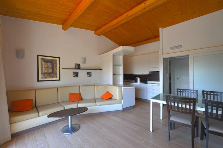 Appartement a 150m de la plage de Santa Giulia 63