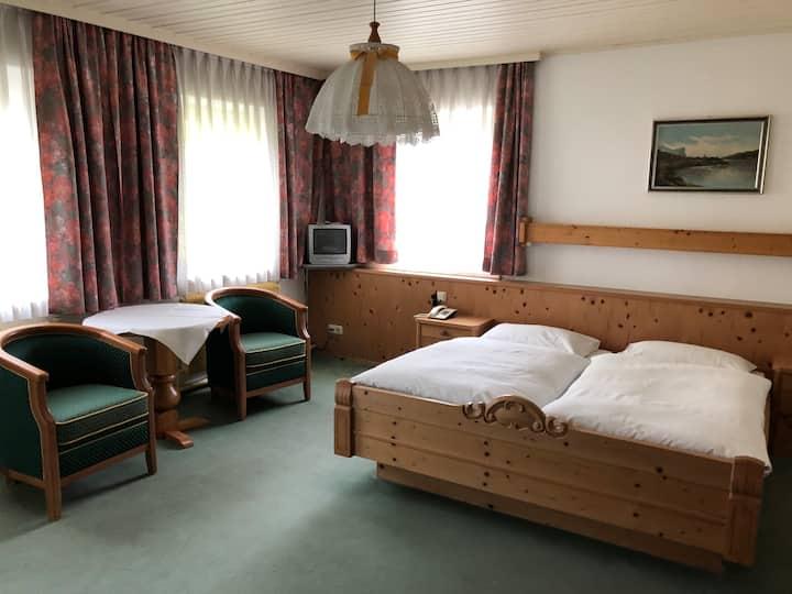 IV. Romantisches Zimmer in St. Georgen