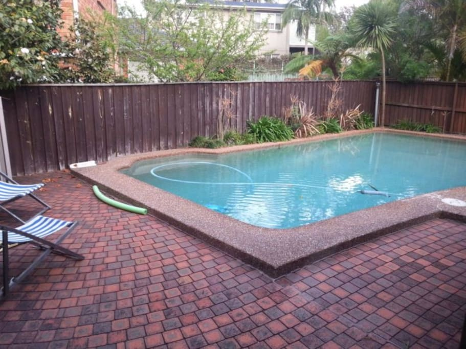 Stay In A Leafy And Safe Surburb Houses For Rent In Belrose New South Wales Australia