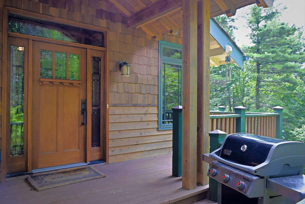 Enjoy the amenities at the Hound Ears Club and the Blue Ridge Mountains.