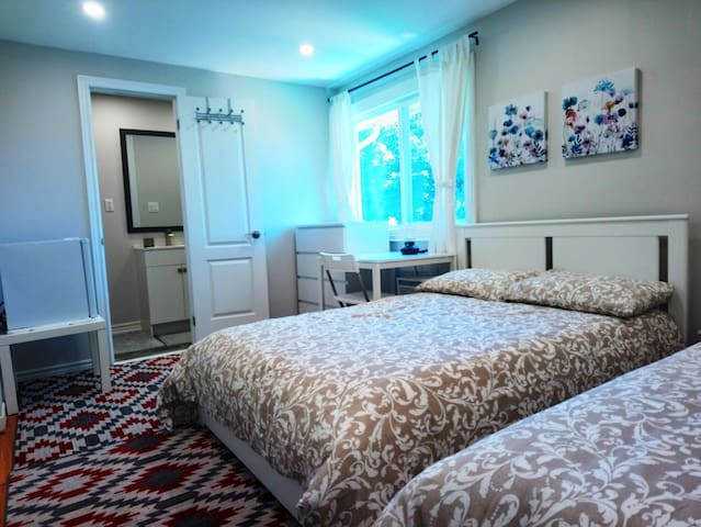 Cozy room with private bathroom & two double beds