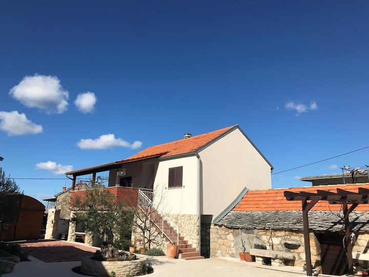 Two bedroom house with terrace Boraja, Zagora (K-18187)