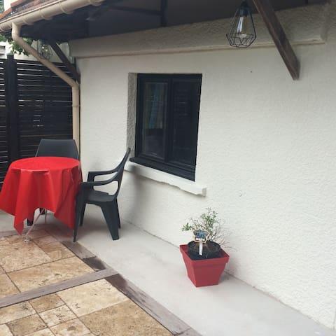 Maison à Marne la Vallée, proche Disney et Paris - Thorigny-sur-Marne - Lägenhet
