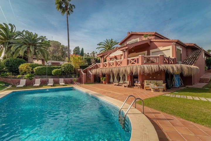 Villa Olivar - 5 BDR Dream Pool/Jacuzzi/Golf/BBQ
