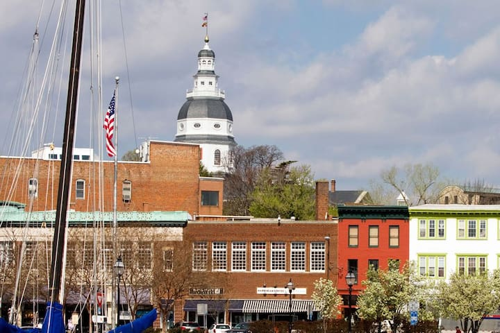 Commissioning Week Row House - Private Parking - Annapolis - Dom