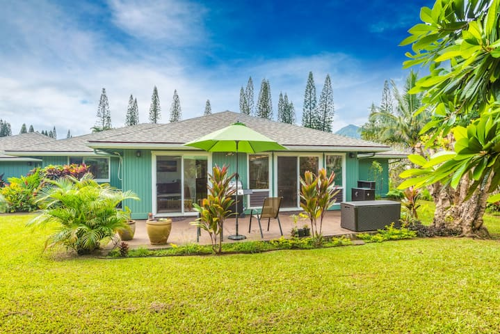 Princeville Rambler with Private Backyard