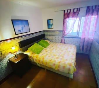 Habitación doble en casa de pueblo