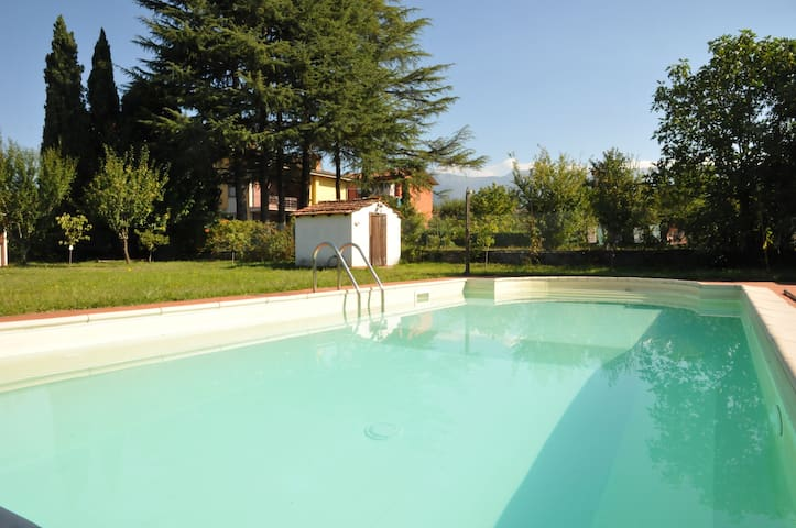 Villa Magnolia Luxury Tuscan Villa with pool - Villafranca in Lunigiana