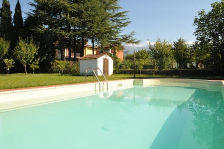 Villa Magnolia Luxury Tuscan Villa with pool - Villafranca in Lunigiana - Huvila