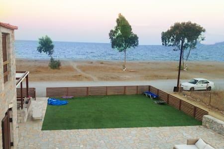 Mavrovouni Beach House (105 S.M) - Mavrovouni - 独立屋