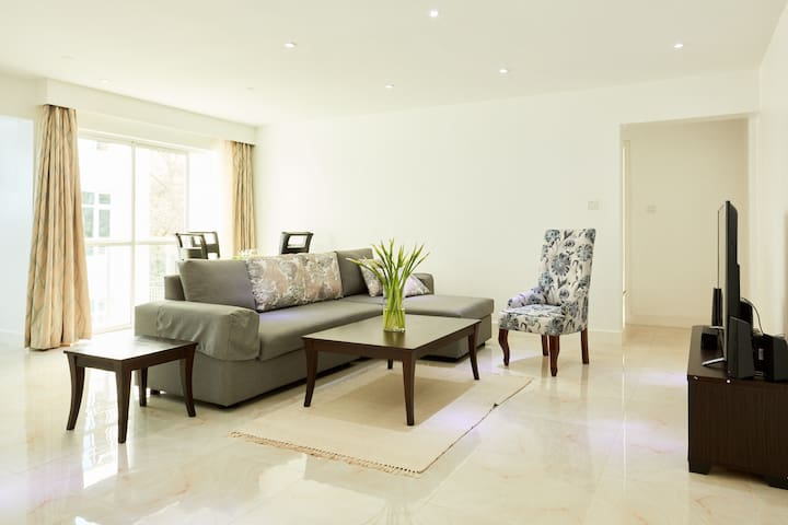 Modern Westlands apartment with swimming pool