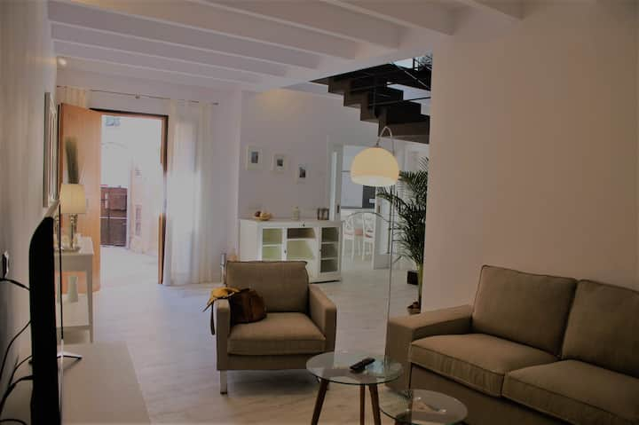 ES RACO, A NEW AND REFURBISHED HOUSE IN COSTITX