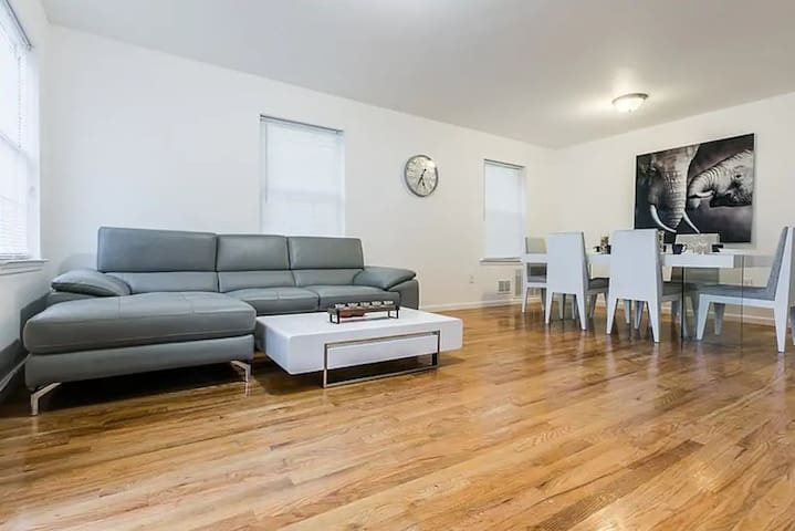 ★Luxury 3 BR Oasis │Near NYC+Statue of Liberty★