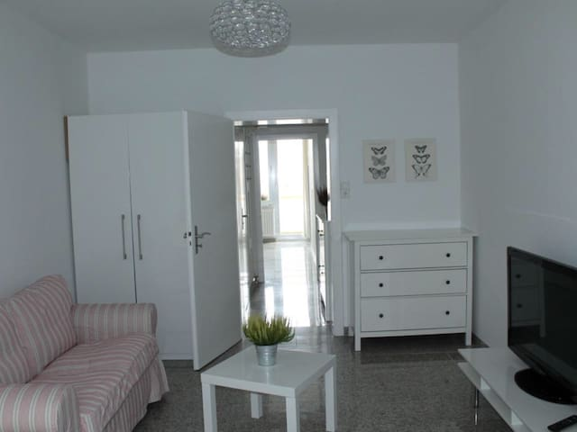 Furnished flat in the heart of Dusseldorf