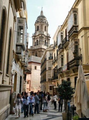 Malaga 25 km