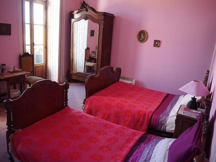 Casa Grande / Pink Room