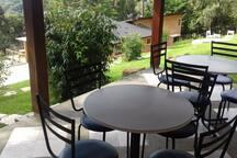 Mesas da churrasqueira