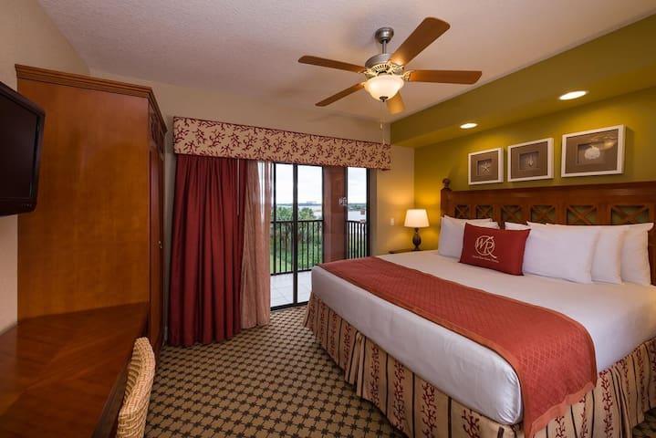 Lindo apartamento dentro de Resort! Completíssimo!