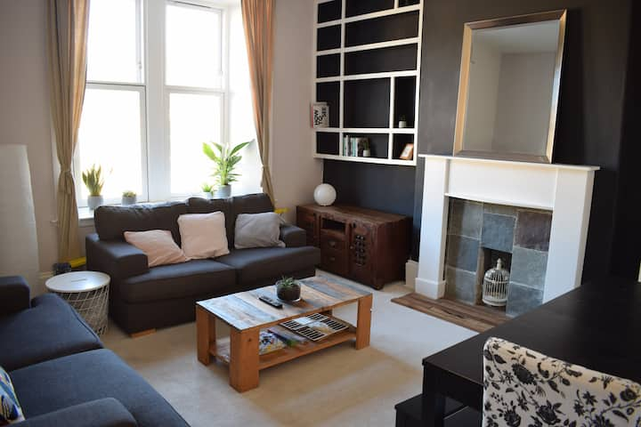Glasgow West End Spacial Flat- Beautiful 3 Bedroom