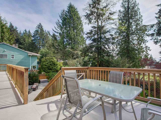2 Private Bedrooms in Grouse Mountain