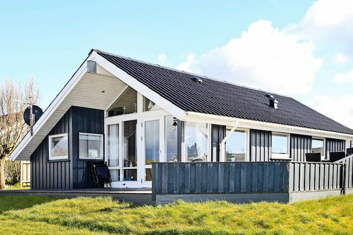 Lovely Holiday Home in Lemvig near Sea