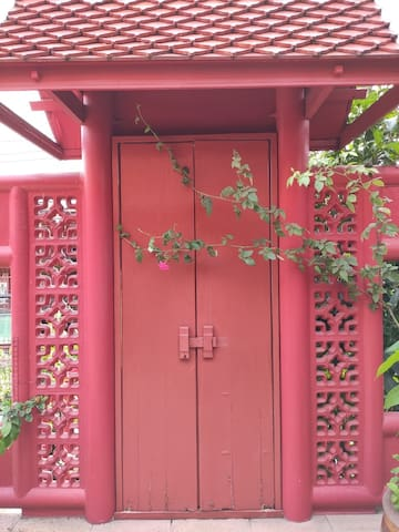 Sukjai Thai-style Homestay