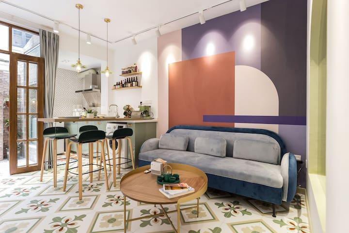 『藝轩』市中心|南京西路|地铁2&13号线|带院子的文艺轻复古一居室