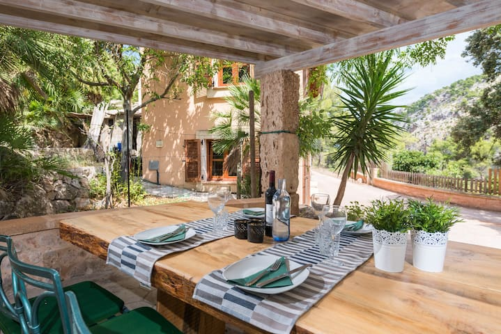CAN MICOLABA - Chalet with terrace in Andratx