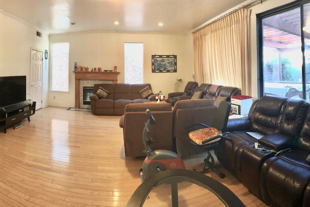 Family Room 家庭客厅