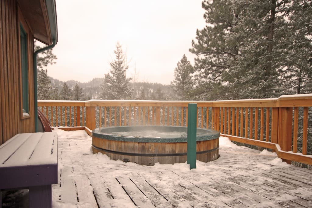 Hot Tub on Very Private Deck