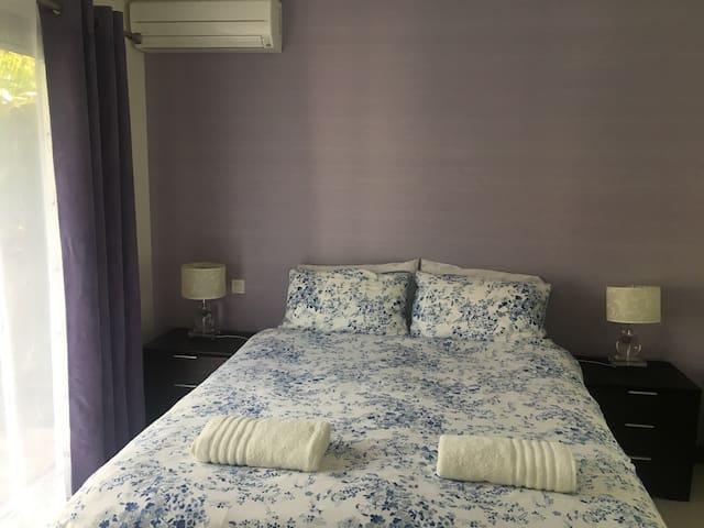 Chambre spa (parure de lit occasionnelle)
