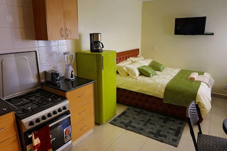 Cosy Furnished Studio Apartment in Nairobi's CBD - Wohnung