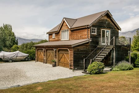Barn Studio - Self Contained Apartment-Queenstown - Apartment