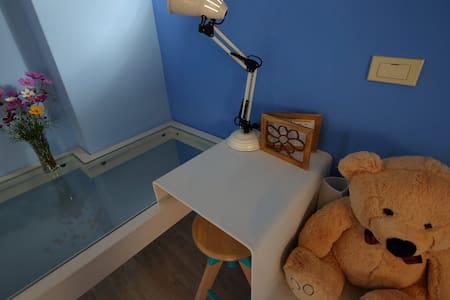 慵懶泡在坲卡夏莊園『101藍庭美雙人房』的大浴缸