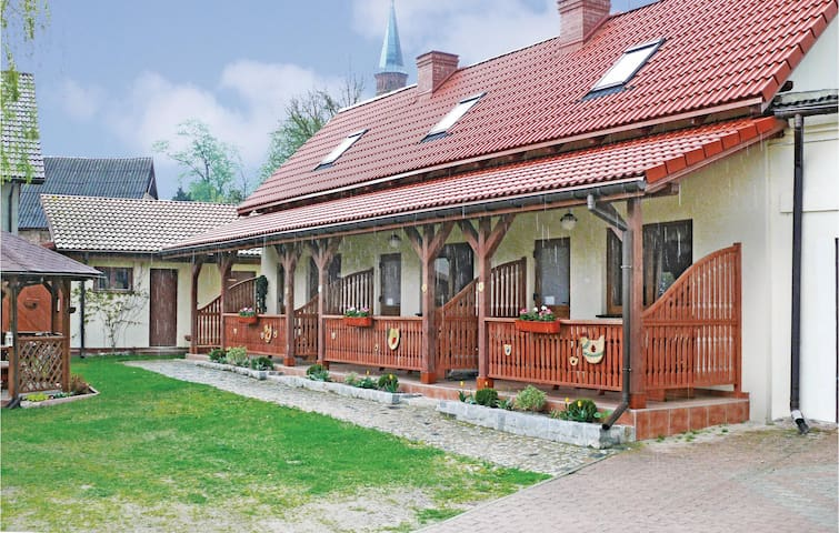 Terraced house with 1 bedroom on 40 m² in Kolczewo