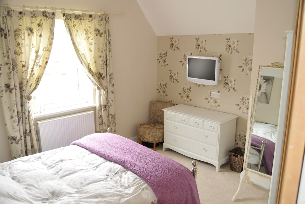 Bedroom 1 is a nice sized double which can be rented alone or with bedroom 2.