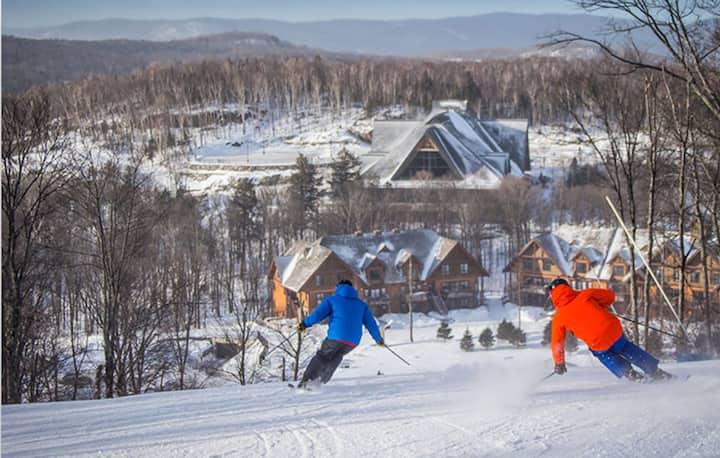 Ski In/Ski Out Tremblant, 1BR  at Versant Soleil