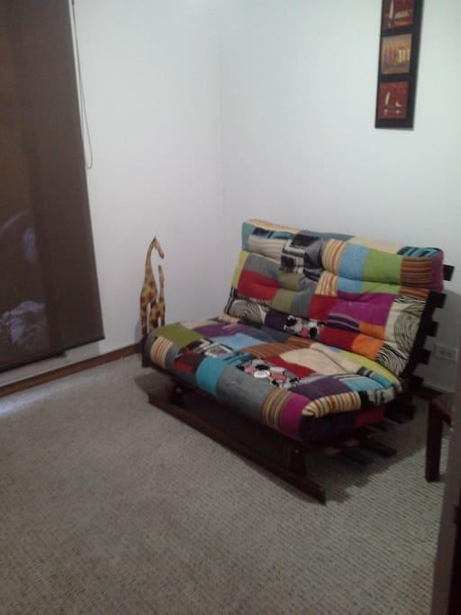 Habitación 2: Sofa cama
