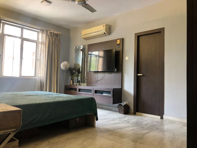 Cozy, Quiet & Quaint apt in the heart of Kolkata