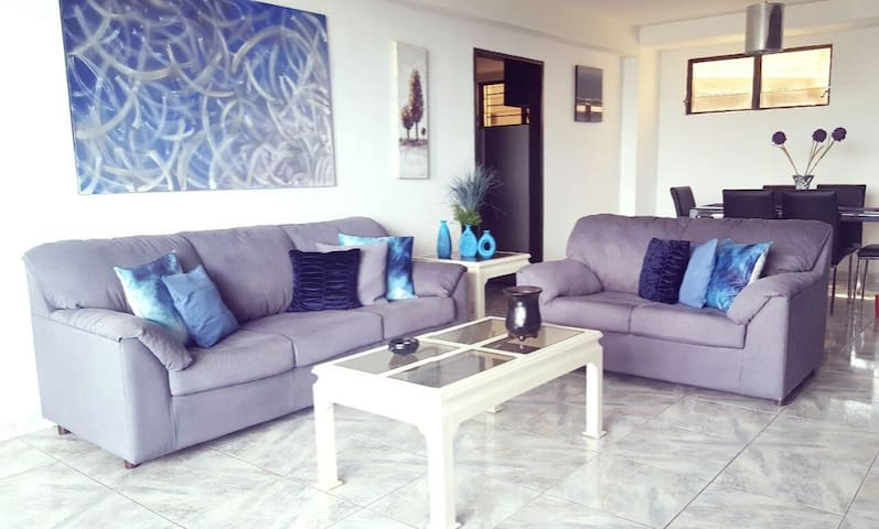 FURNISHED APARTMENT IN EXCLUSIVE PART OF THE CITY
