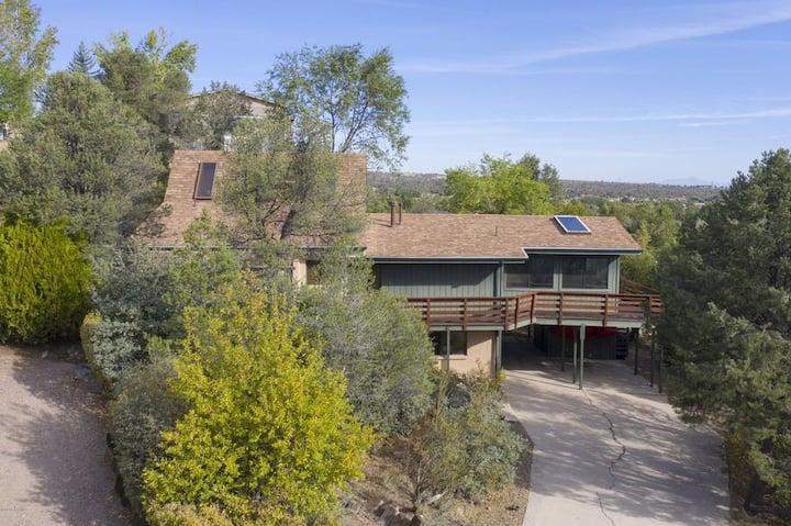 Prescott Retreat with Amazing Views!!